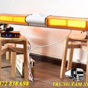 đèn xe cứu hộ giao thông