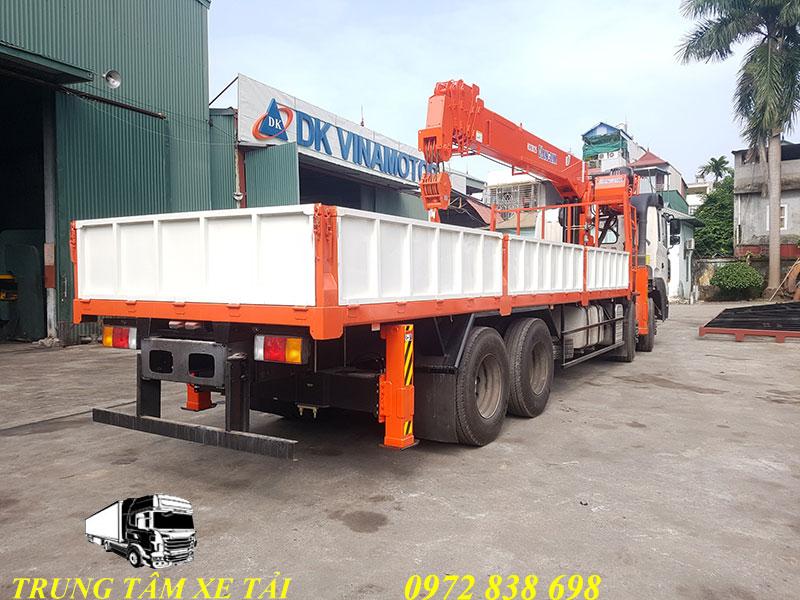xe tải hyundai hd320 gắn cẩu kanglim 12 tấn ks2825